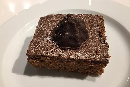 Veganer Schoko - Nuss - Kokos - Kuchen 35
