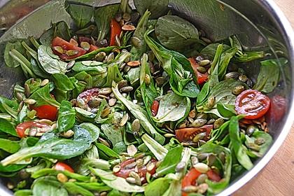 Rucola - Salat mit Pinienkernen 2