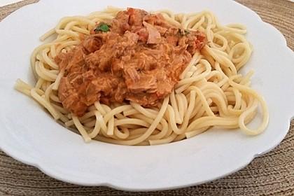 Nudeln in leichter, sämiger Thunfisch-Tomaten-Käse Sauce 63