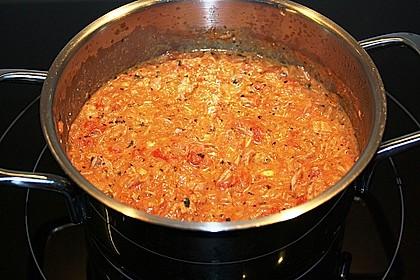 Nudeln in leichter, sämiger Thunfisch-Tomaten-Käse Sauce 93
