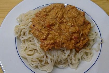 Nudeln in leichter, sämiger Thunfisch-Tomaten-Käse Sauce 117