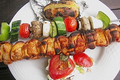 Grillspieß mit Huhn und Brezenteig 14
