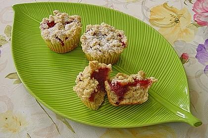 Erdbeer - Muffins mit Rhabarberfüllung 3