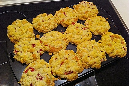Erdbeer - Muffins mit Rhabarberfüllung 7