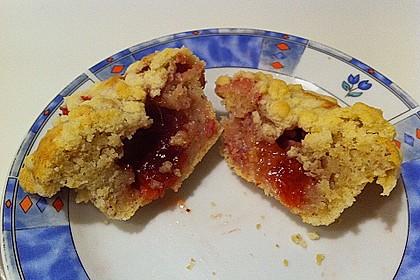 Erdbeer - Muffins mit Rhabarberfüllung 2