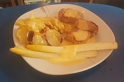 Spargel mit Sauce Hollandaise, gebratenem Schweinefilet und Kartoffelgratin 24