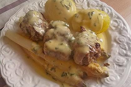 Spargel mit Sauce Hollandaise, gebratenem Schweinefilet und Kartoffelgratin 27