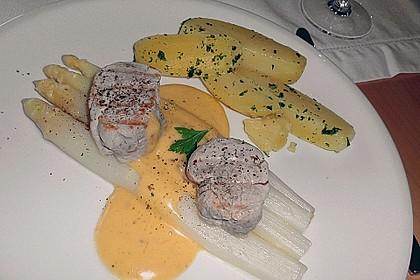 Spargel mit Sauce Hollandaise, gebratenem Schweinefilet und Kartoffelgratin 15