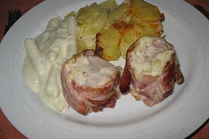 Spargel mit Sauce Hollandaise, gebratenem Schweinefilet und Kartoffelgratin 22