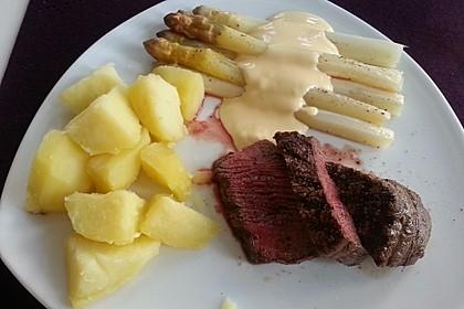 Spargel mit Sauce Hollandaise, gebratenem Schweinefilet und Kartoffelgratin 10