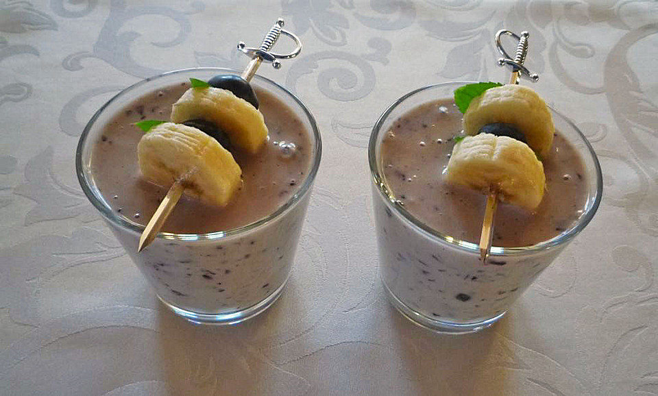 banane blaubeer smoothie rezept mit bild von hermine. Black Bedroom Furniture Sets. Home Design Ideas