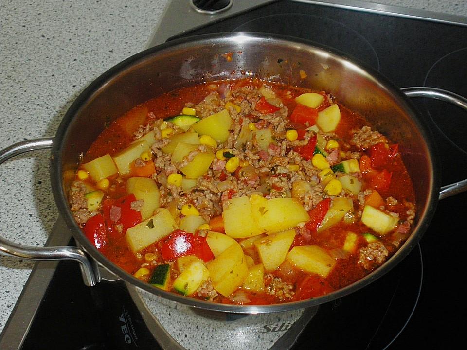 Bunter Fleisch-Kartoffel Topf - Bauerneintopf von SgtWhity | Chefkoch.de