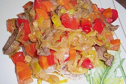 'Ameisen auf dem Baum' oder 'Knisterndes Gemüse - Rindfleisch mit Glasnudeln' 1