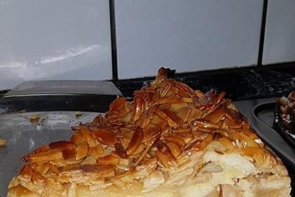 Bienenstich Apple Pie 20