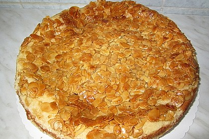 Bienenstich Apple Pie 10