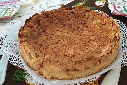 Bienenstich Apple Pie 76