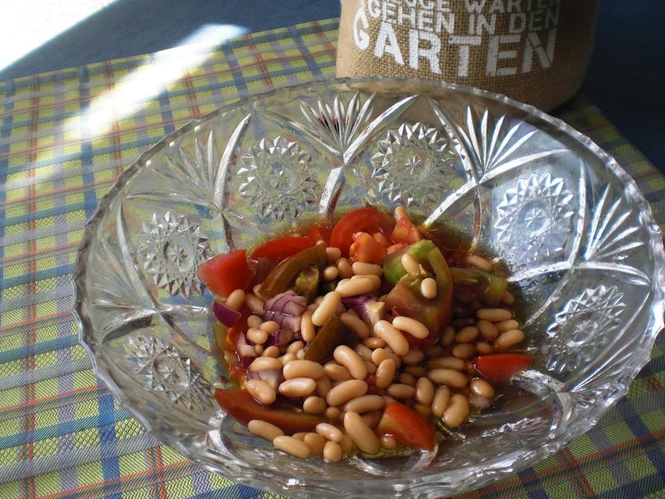 bohnen tomaten salat rezept mit bild von blulichblau. Black Bedroom Furniture Sets. Home Design Ideas
