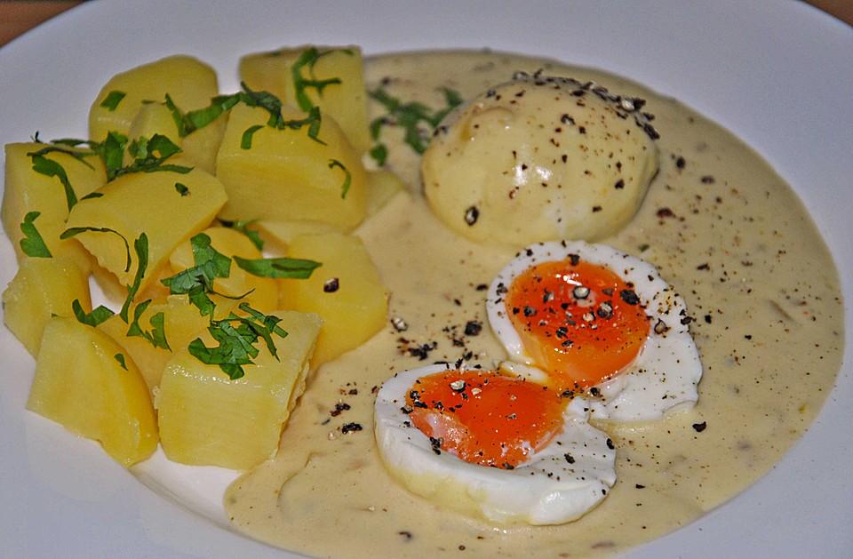Verwerten Sie die Eier mit Eiersalat zum Füllen von Sellerie