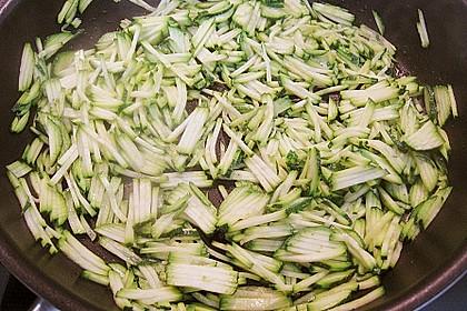 Pollackfilet an Zucchinijulienne und Möhren 3