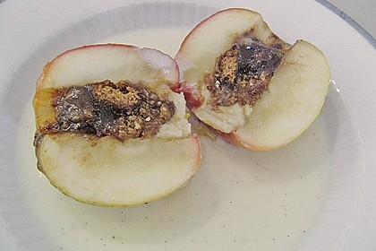 Bratapfel in der Mikrowelle 5