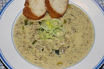 Käse-Lauch-Suppe mit Hackfleisch 9