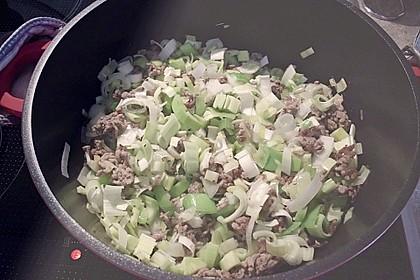 Käse-Lauch-Suppe mit Hackfleisch 132
