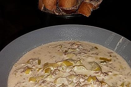 Käse-Lauch-Suppe mit Hackfleisch 28