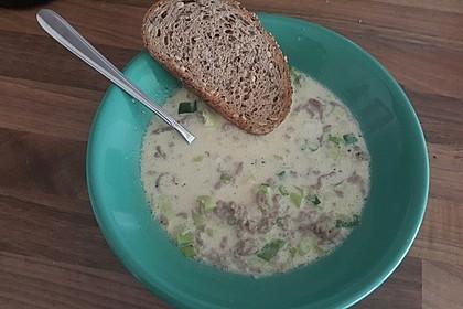 Käse-Lauch-Suppe mit Hackfleisch 55