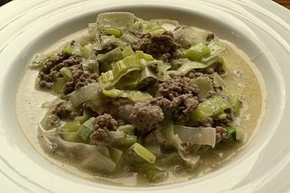 Käse-Lauch-Suppe mit Hackfleisch 33