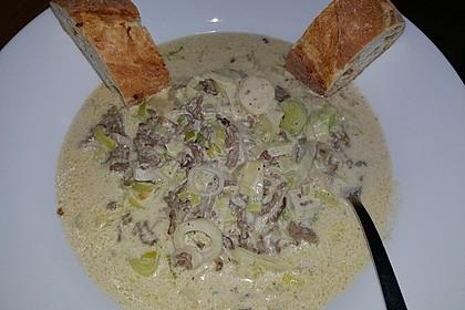 Käse-Lauch-Suppe mit Hackfleisch 52