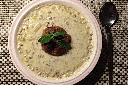 Käse-Lauch-Suppe mit Hackfleisch 120