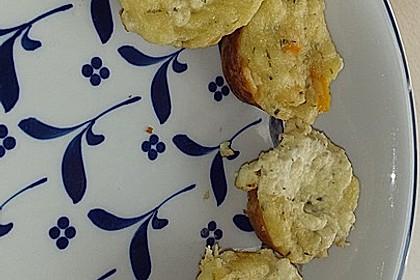 Herzhafte Muffins mit Schafskäse 6