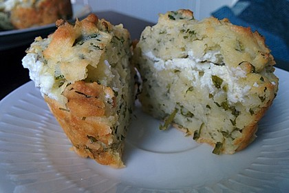 Herzhafte Muffins mit Schafskäse 2