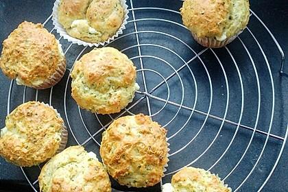 Herzhafte Muffins mit Schafskäse 3