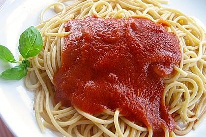 Reginas Tomatensoße 9