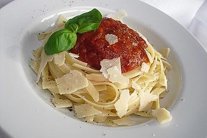 Reginas Tomatensoße 10