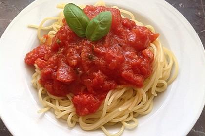 Reginas Tomatensoße 11