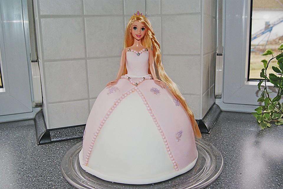 Barbie-Torte (Rezept mit Bild) von cityfield2000  Chefkoch.de