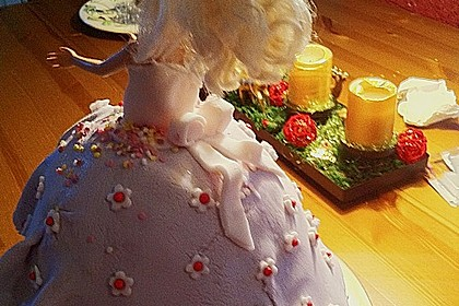 Barbie-Torte 323