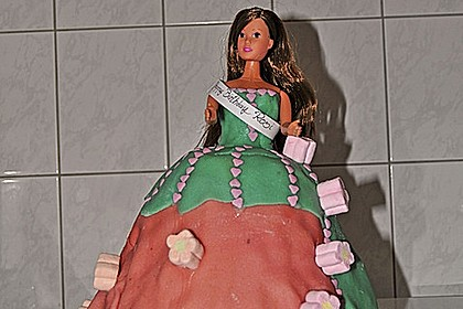 Barbie-Torte 220