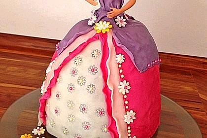 Barbie-Torte 10