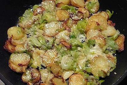 Bratkartoffeln mit Porree und Käse 11