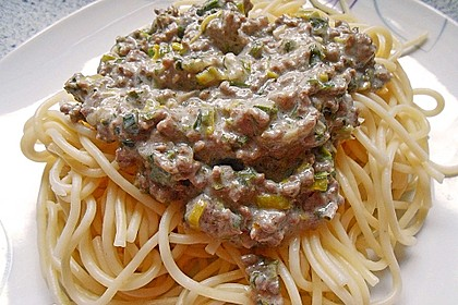 Spaghetti mit Käse - Hackfleisch - Sauce 5