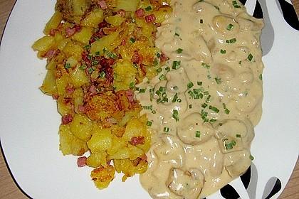 Bratkartoffeln mit Pilzragout 6