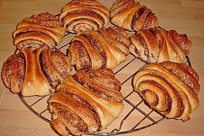 Zuckersüße Franzbrötchen 4