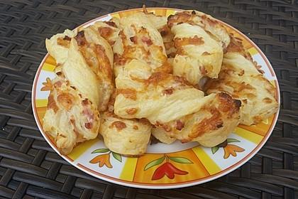Blätterteig-Schinken-Käse-Stangen 80