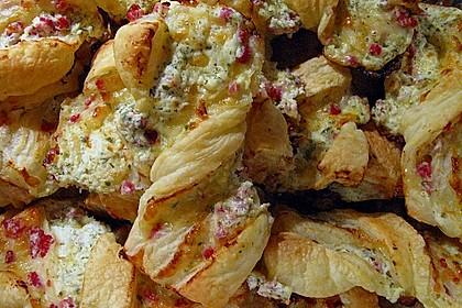 Blätterteig-Schinken-Käse-Stangen 36