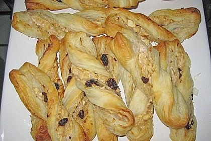 Blätterteig-Schinken-Käse-Stangen 132