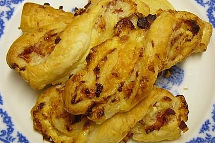 Blätterteig-Schinken-Käse-Stangen 178