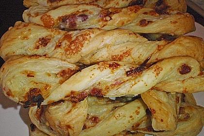 Blätterteig-Schinken-Käse-Stangen 51